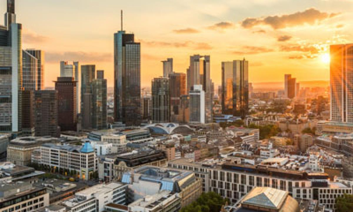 Frankfurt am Main late summer evening By jotily