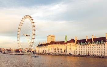 Daytime view of the London Eye
